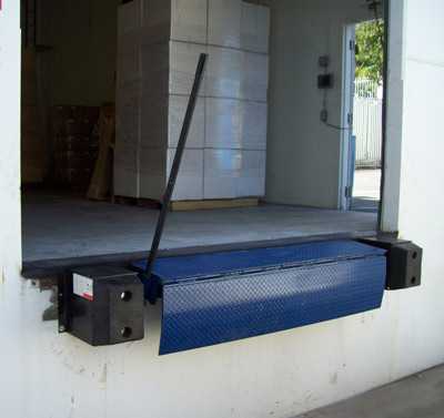 dock leveler equipment